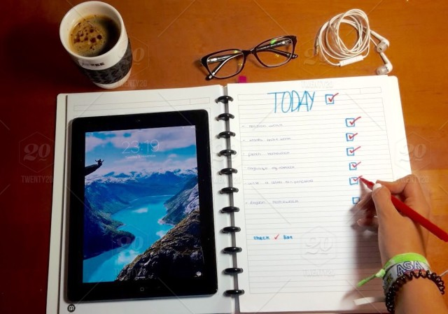stock-photo-office-notebook-today-checklist-planner-0db0f245-a2e2-46f3-b506-5f1183cf92b8